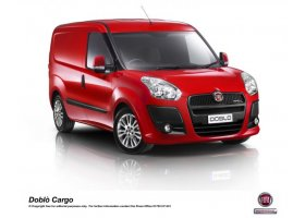 "FIAT DOBLO CARGO CLAIMS PRESTIGIOUS ""FLEET VAN OF THE YEAR"""