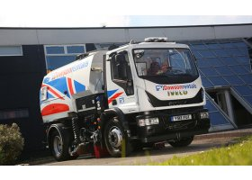 Hi-SCR system a major factor in Dawson rentals large sweeper order